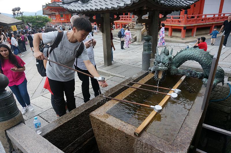 京都漫步:历史不愿重来 但京都千年从未改变